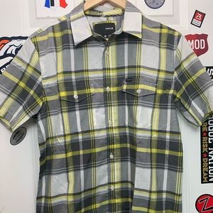 Hurley plaid short sleeve shirt